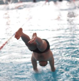 Úszóverseny Monoron