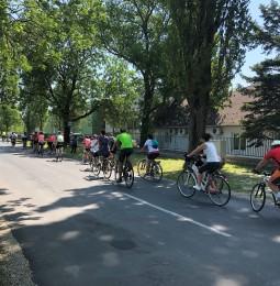 Jubileumi kerékpártúra az esélyegyenlőség jegyében