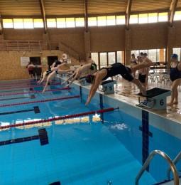 Válogatott úszóedzés Monoron