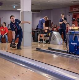 Hosszabb szünet után ismét együtt bowlingozhattak versenyzőink Szolnokon!